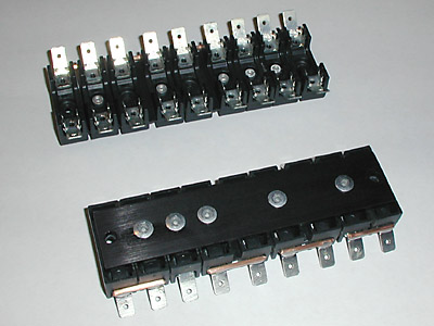 aftermarket fusebox for ferrari and series here is what a pair of my fuse blocks look like when you get them from me you will also get shorter mounting screws and splitters for the terminals that